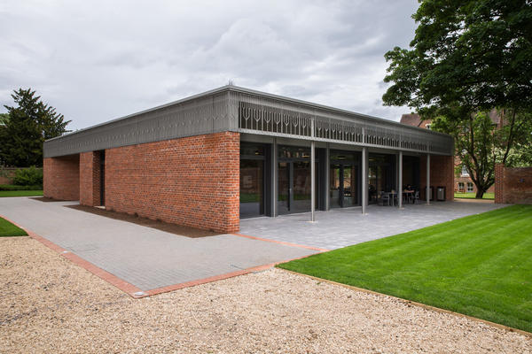Photo of the Kellogg College Hub - the University's first building constructed according to the Passivhaus system